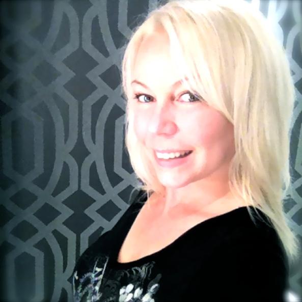 Médias Sociaux et Gestion de Communauté selon Cindy Cinnamon - Émission Ca Clic CKIA fm Québec